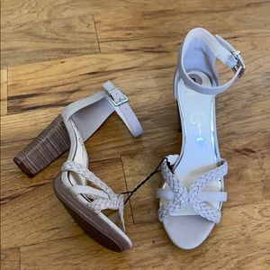 NEW Jessica Simpson Block Heel